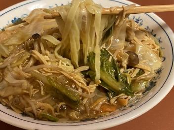 押し豆腐入り海鮮あんかけ麺